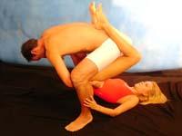 Posturas Sexuales Hombre Sobre Mujer La Catapulta
