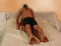 Posturas Sexuales Hombre Sobre Mujer La Flexión